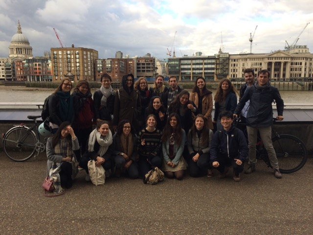 Current MSc Regional and Urban Planning students and staff along the Thames this fall
